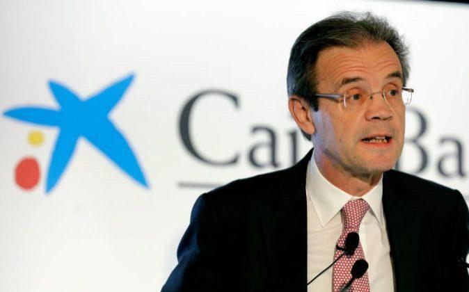 El presidente de CaixaBank, Jordi Gual, durante la presentación de...