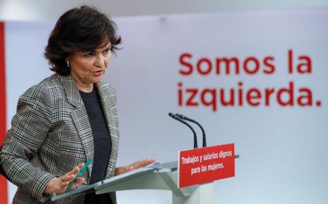 a secretaria de Igualdad del PSOE, Carmen Calvo, durante la rueda de...
