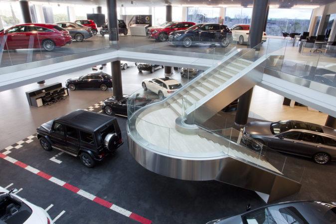 Instalaciones de Mercedes Benz Retail en calle Alcalá 728 en Madrid.