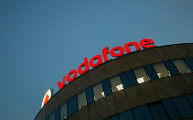 Lex ft el acuerdo entre vodafone y liberty global en for Oficina vodafone empresas