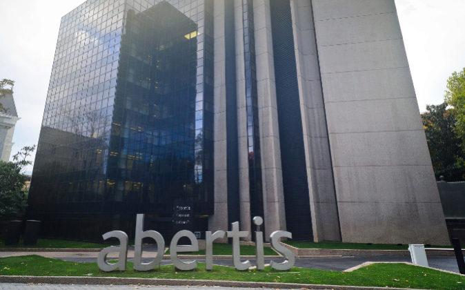 Bruselas da luz verde a la oferta de ACS sobre Abertis