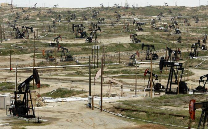 Pozos de petróleo de Chevron en California (EEUU)