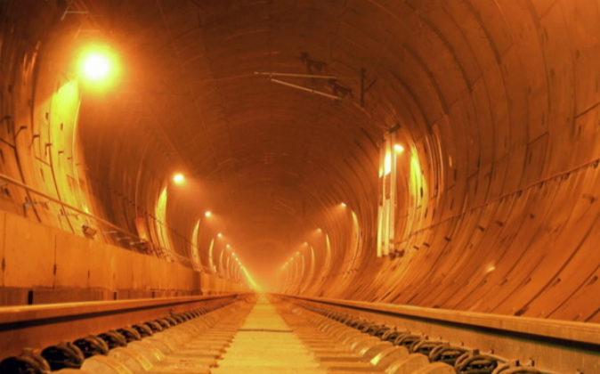 En la imagen, uno de los túneles construidos por FCC Construcción.