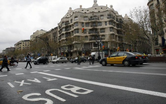 Carril bus del Paseo de Gracia de Barcelona.