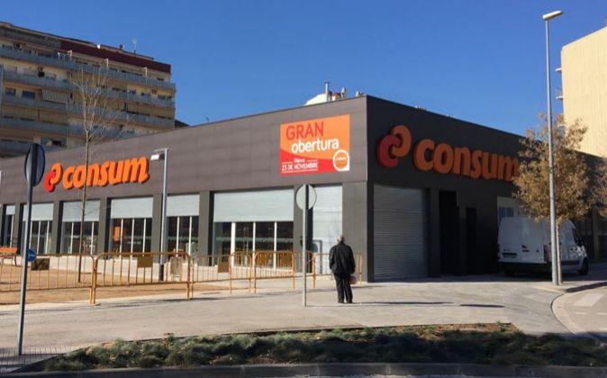 U supermercado Consum de reciente apertura.