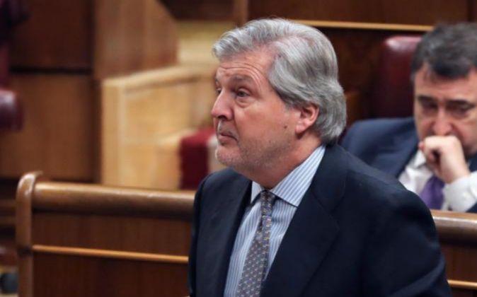 El ministro de Educación, Cultura y Deporte, Iñigo Méndez de Vigo...