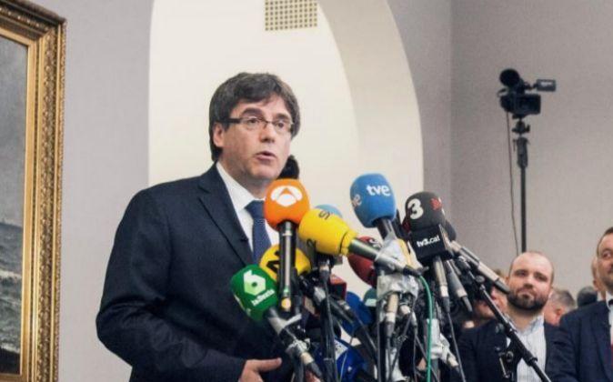 El expresidente de la Generalitat Carles Puigdemont, en una...