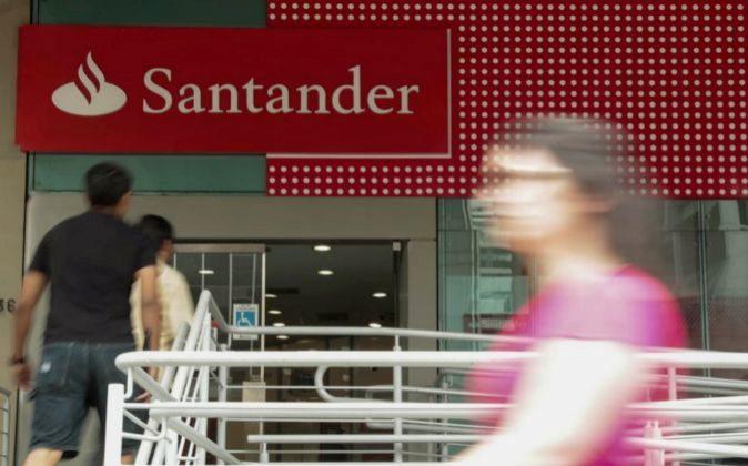 Imagen de una sucursal de Santander en Brasil