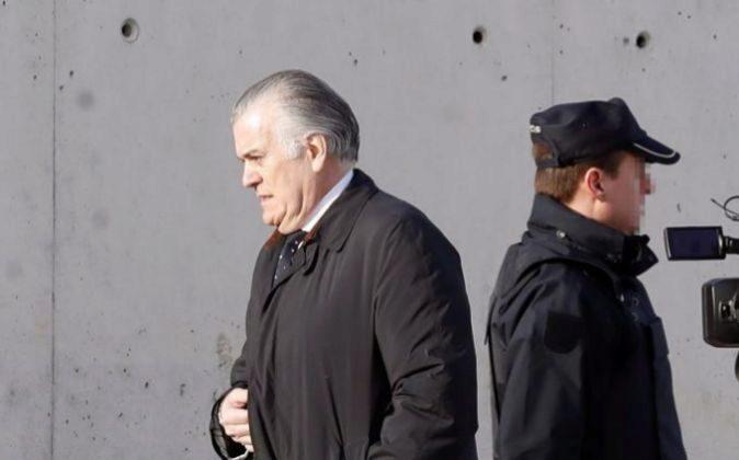 El extesorero del PP Luis Bárcenas, a su llegada hoy a la Audiencia...