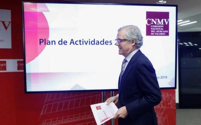 Sebastián Albella, presidente de la CNMV, durante la presentación...
