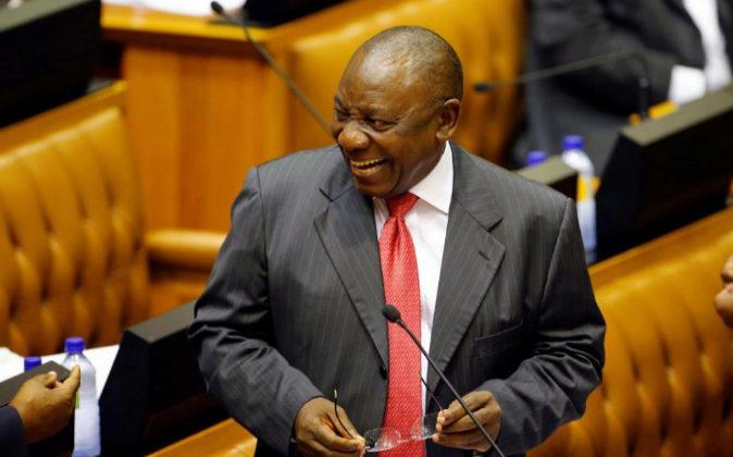 El hasta ahora vicepresidente sudafricano, Cyril Ramaphosa, hoy...