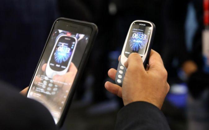 Teléfonos Nokia en la feria Mbile World Congress de Barcelona de...