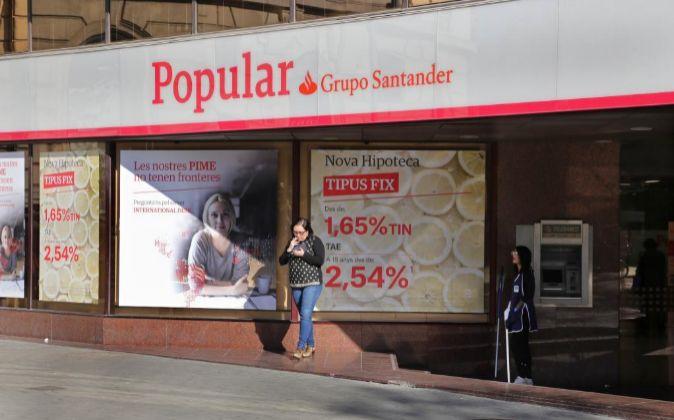 Oficinas de Banco Popular.