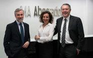 Ángel Acebes, socio fundador; Mercedes Carmona, socia directora, y...
