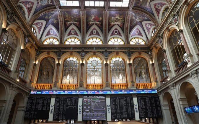 Acerinox Toca En Bolsa 2018 Euros Y Pérdidas De 12 Sale Los 1cTlK3JF