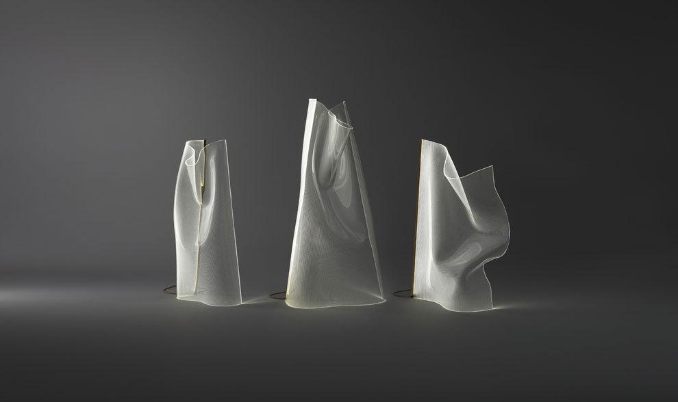 Las lámparas parachilna están compuestas por láminas acrílicas que...