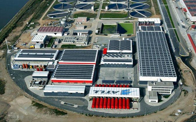 ATLL explota la planta desalinizadora de El Prat de Llobregat.
