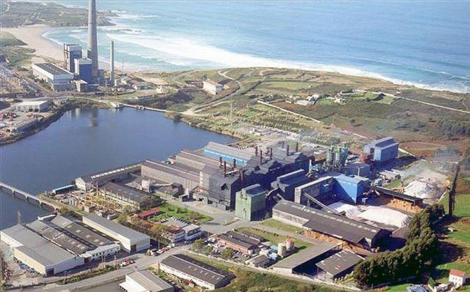 Vista aérea del polígono de Sabón (A Coruña) donde Ferroatlántica...