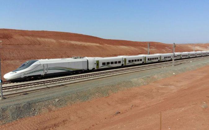 Pruebas del tren AVE a la Meca en Arabia.