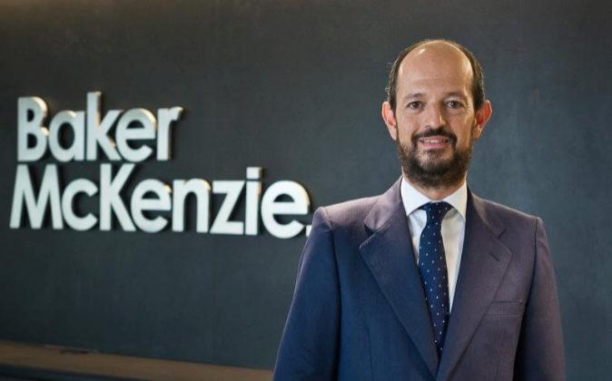 Baker McKenzie fusiona sus oficinas españolas con otras siete filiales internacionales