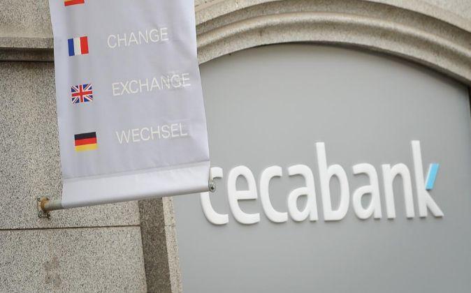 Oficina de Cecabank.