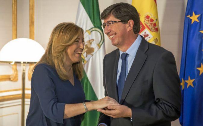 Susana Díaz y el presidente de Cs en Andalucía, Juan Marín, se...