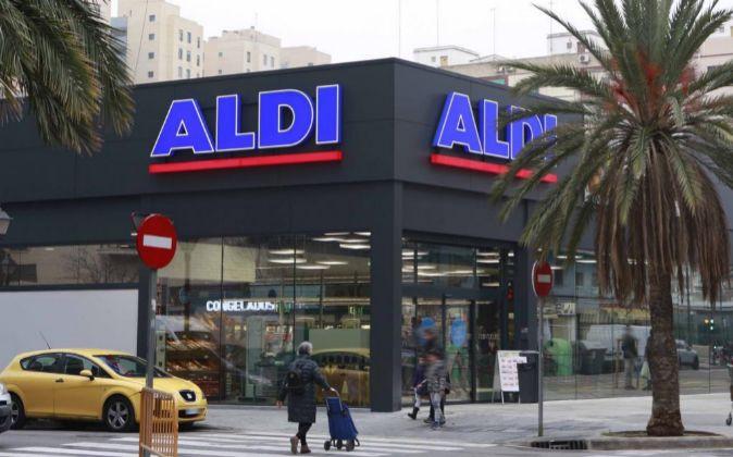 Supermercado Aldi en la Avenida de Baleares, 22, en Valencia
