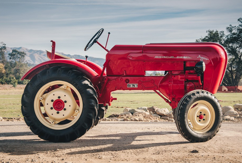 Tractor de Porsche que sale a subasta en Estados Unidos y podría...