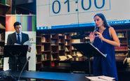 Pablo Méndez y Lucía Aparicio, en una sesión de debate individual...