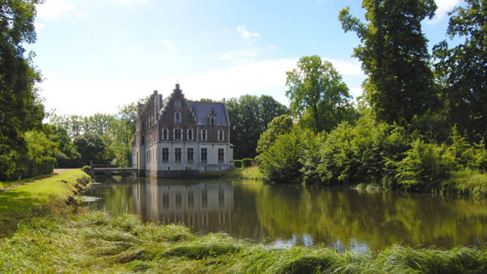 Castillo que perteneció a Rubens, construcción de 1304, que se ha...