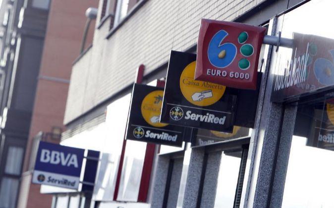 El 98 de las sentencias por hipotecas favorecieron al for Oficinas bancarias abiertas por la tarde