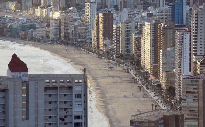 Hacienda reclama el pago del IRPF a 136.000 arrendadores de pisos, incluido Airbnb