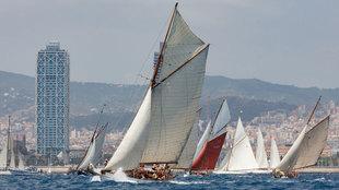 La flota de barcos clásicos de la regata Puig Vela Clássica ,...
