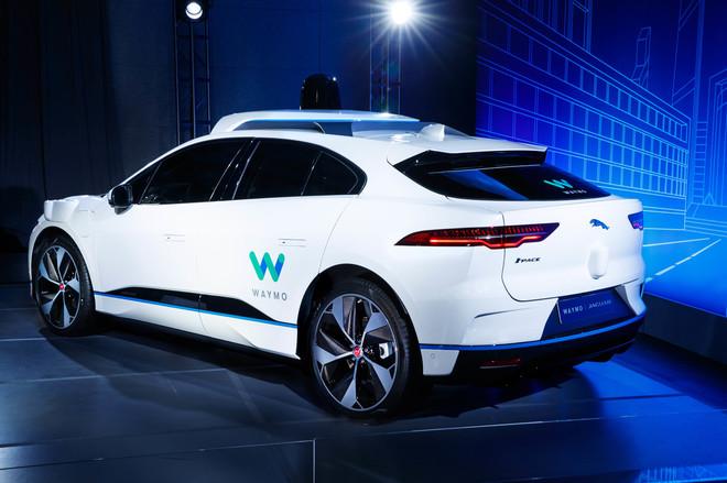 Jaguar i-Pace acondicionado ya como vehículo autónomo de Waymo...