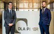 De izqda. a dcha., Juan Gelabert y Ricardo Plasencia, socios de DLA...
