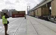 Convoy ferroviario de la nueva línea que unirá los puertos de...