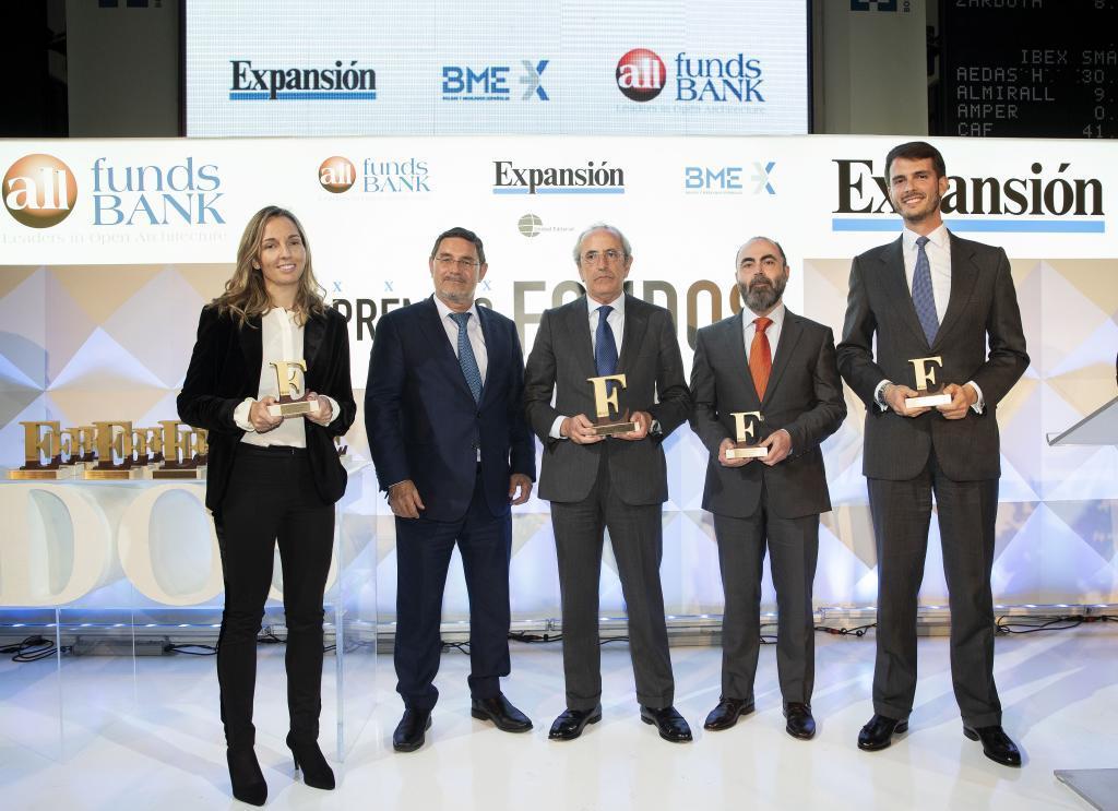 El premio a la Mejor Gestora de Renta Variable 2017 recayó en...