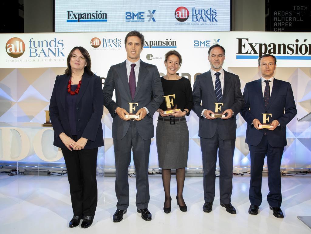 M&G Investments (en el centro) se alzó con el Premio a la Mejor...