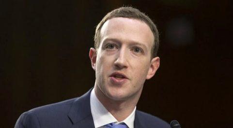 El CEO de Facebook, Mark Zuckerberg, testifica ante el Congreso de...