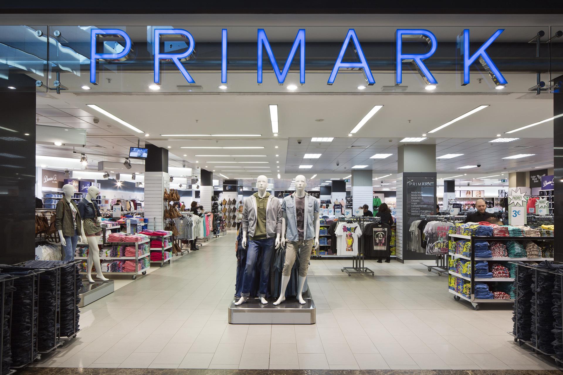 Tienda de Primark en el madrileño Centro Comercial La Gavia.