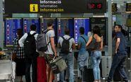 Pantallas de información de los vuelos en el aeropuerto de...