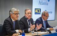 El presidente de ACS, Florentino Pérez; el consejero delegado de...
