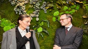 La modelo Laura Ponte y José María López-Galiacho, durante el acto...
