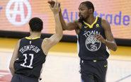 Klay Thompson y Kevin Durant, jugadores de los Golden State Warriors.