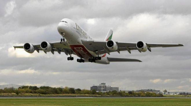 El A380 de Emirates, el avión de pasajeros más grande del mundo.