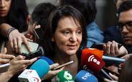 La diputada de Podemos Carolina Bescansa el miércoles pasado a su...