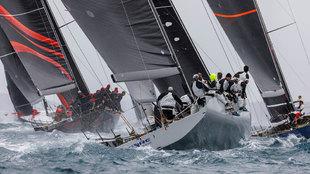 La flota de la regata Sail Racing Palma Vela compitiendo en la regata...