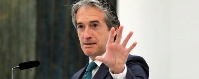 El ministro de Fomento promueve un decreto de ley a favor de los...