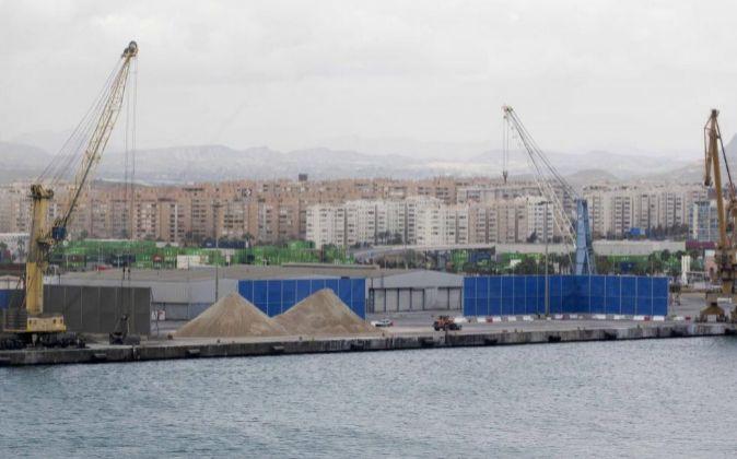 El Puerto De Alicante Licita Una Terminal Para Salvar Su