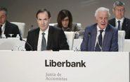 Junta de accionistas de Liberbank, en la imagen, su presidente Manuel...